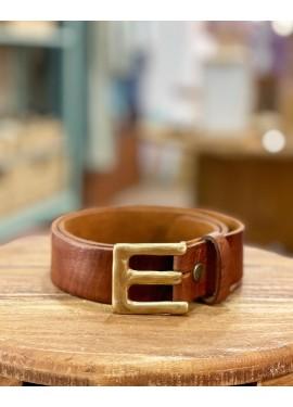 """Cinturón de piel letra """"E"""""""