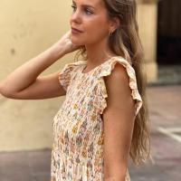 Ikat + nido de abeja 🤍🧡💛  El bordado de la infancia que es tendencia este verano ☀️