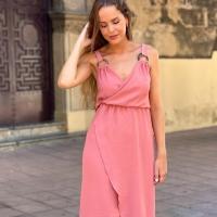 ¡Nos encantan los colores del verano! 🏝🌸  #heynikki #vestidos #ropamujer #tiendaonline #rebajas