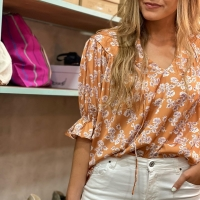 Las camisas nos pierden🐚🌾  #heynikki #camisas #ropamujer #shoponline